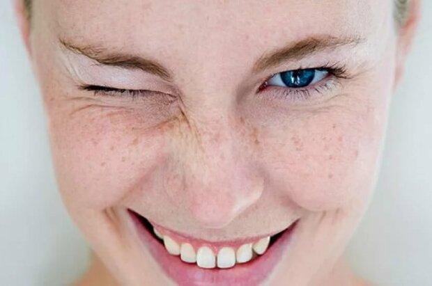Причини пігментних плям на обличчі